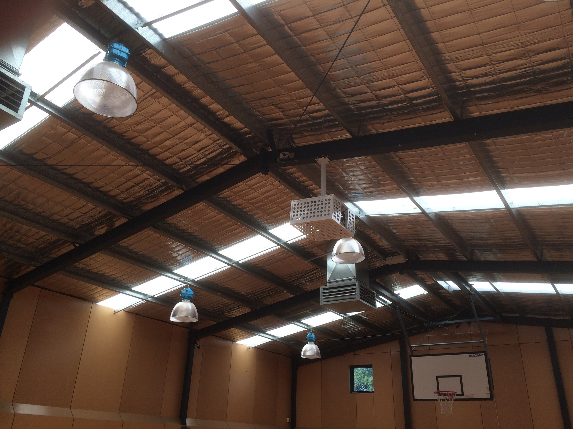 Ashwood School Gym upgrade to the Epson EBG6270W  DIB