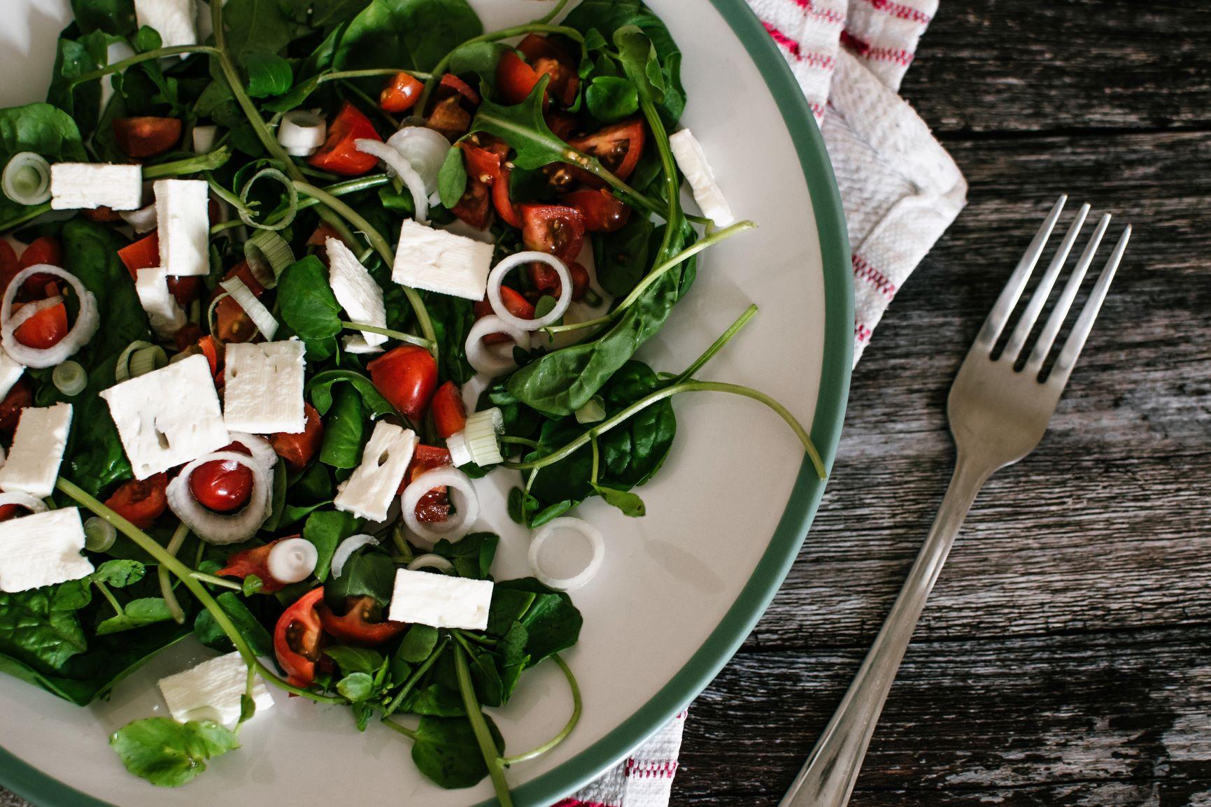 8 Dicas para comer saudável fora de casa