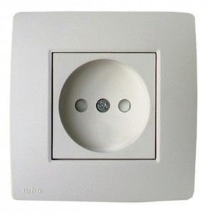 Đang tải electricity-type-C-socket-292x300.jpg…