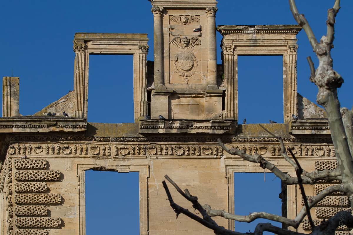 Belle façade renaissance qui ne décore plus aucune partie du château