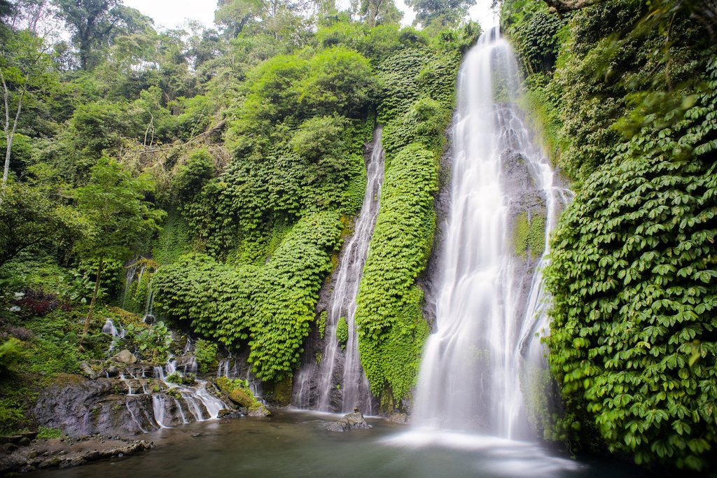 10 Gambar Air Terjun Banyumala Waterfall Kembar Bali