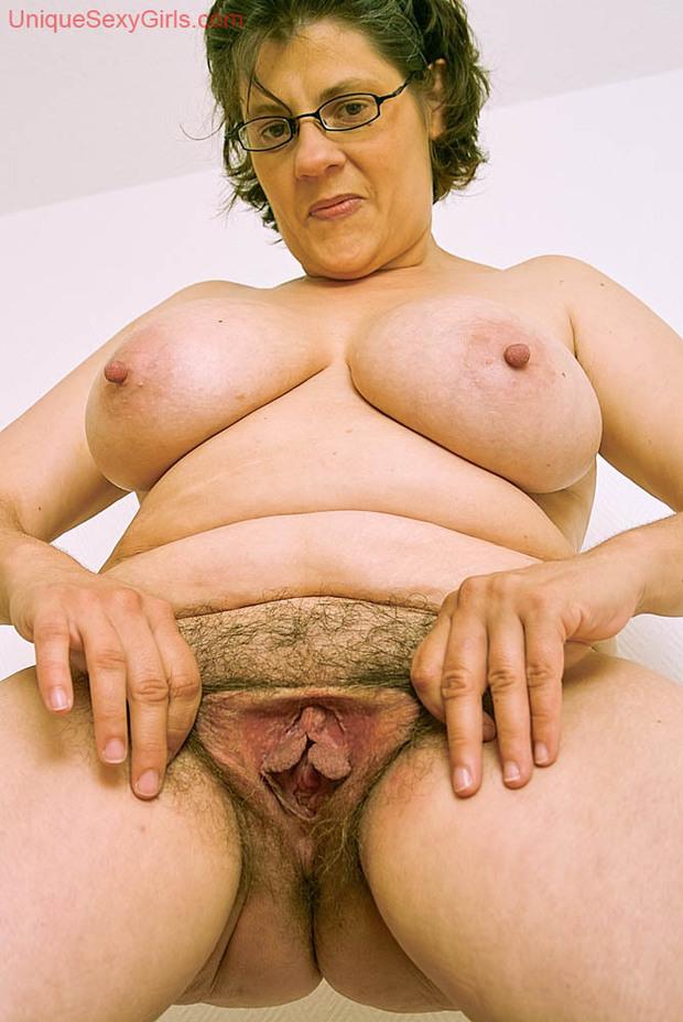 Big Hairy Pussy Masturbation
