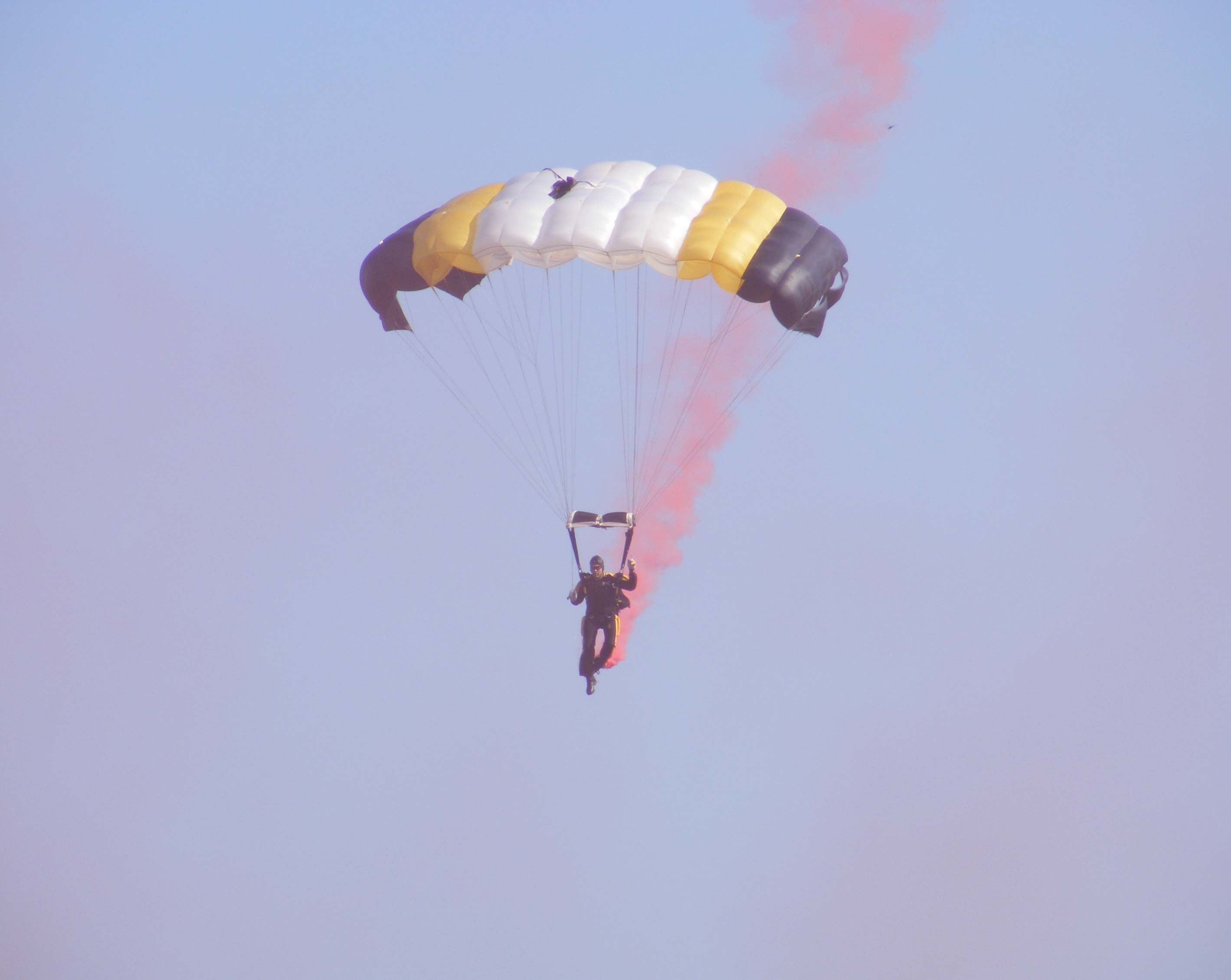 Silver Wings Sky Diver,  National Infanrty Msueum Parade Field