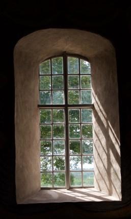 Fönster i Kättilstad kyrka