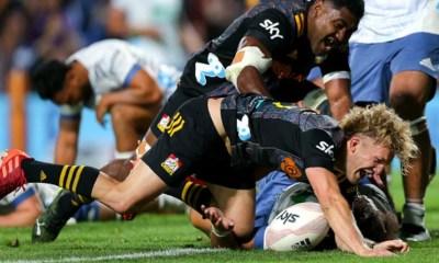 Super Rugby Aotearoa - Qui rejoindra les Crusaders en finale