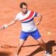Roland-Garros : Richard Gasquet balaie Hugo Gaston en trois sets