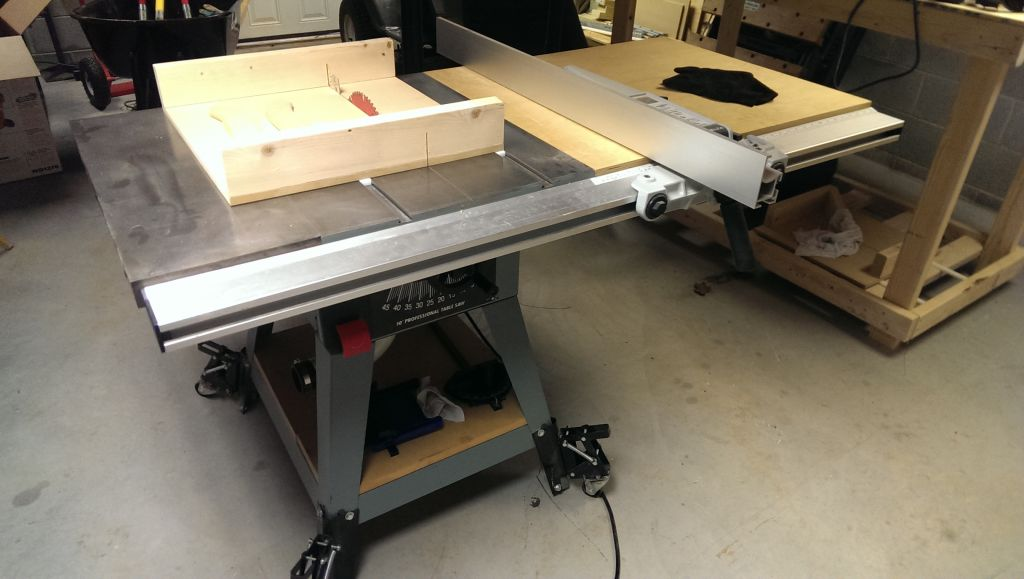 Delta 10 Contractor Table Saw Dust Collection