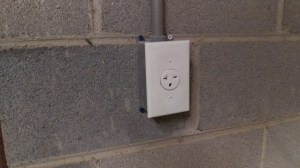 Prise 20 Ampere prise de courant 20 amp us this should be an easy one what is this outlet for