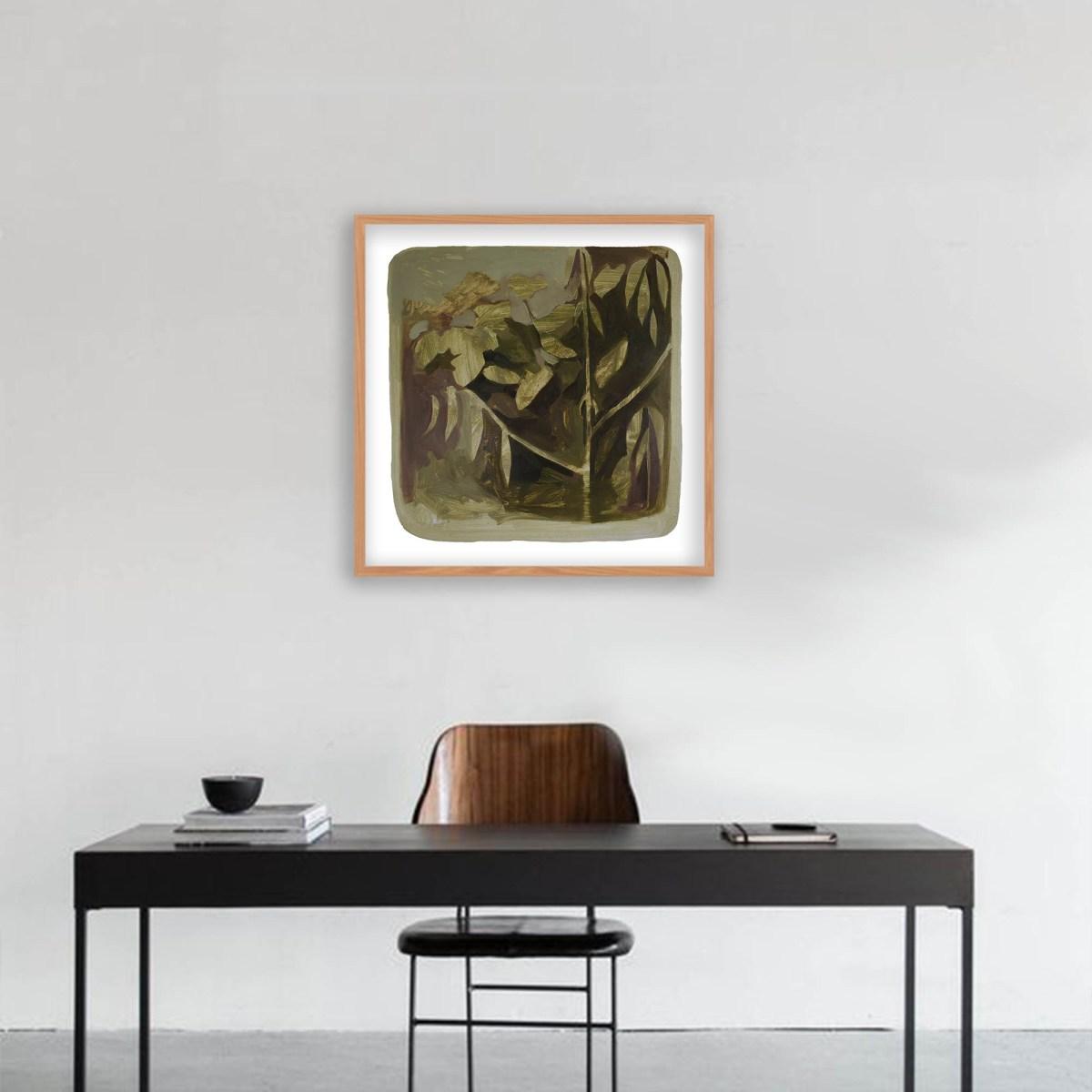 Pintura de la artista Ayanegui decorando escritorio.