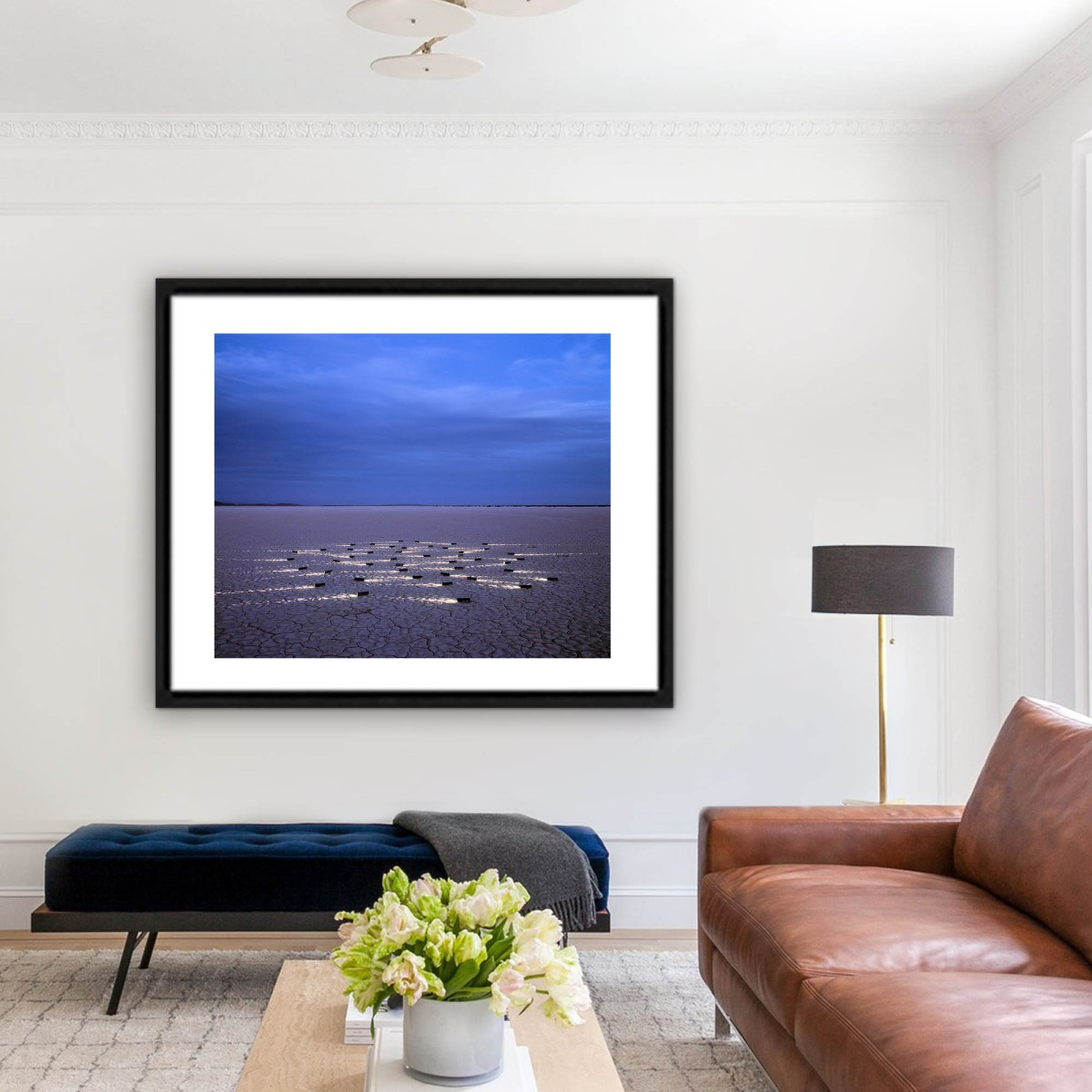 Obra Luciérnagas del fotógrafo Alfredo De Stefano decorando un living