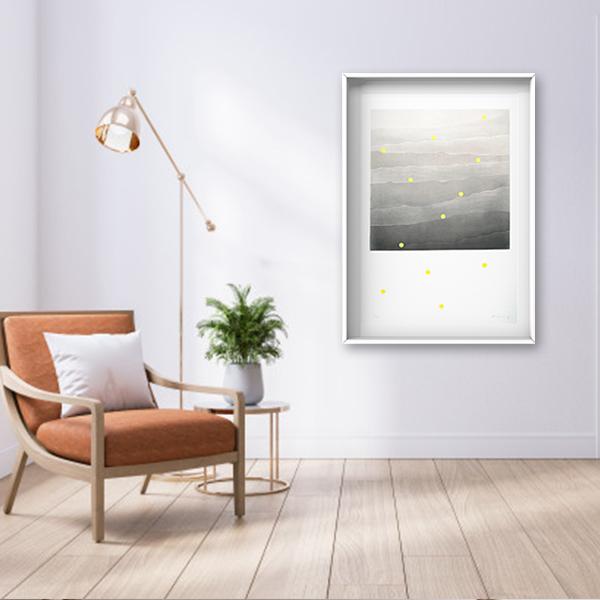 Carlos Vielma. Ondas, 112 x 88 obra enmarcada y colgada en espacio