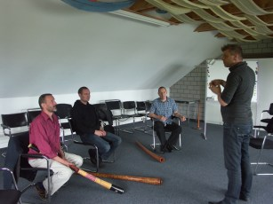 Abendkurse mit Roman Buss - Didgeridoo - Abendkurs