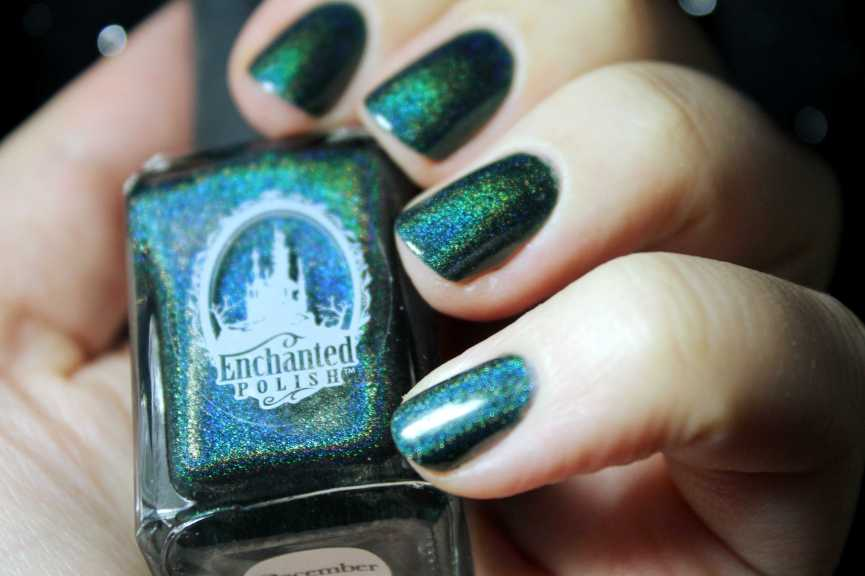Didichoups - Enchanted Polish - December 2015 - 02