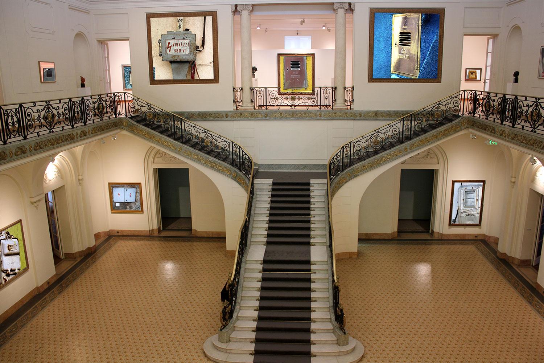Les compteurs au musée des arts décoratifs de Mendoza en Argentine