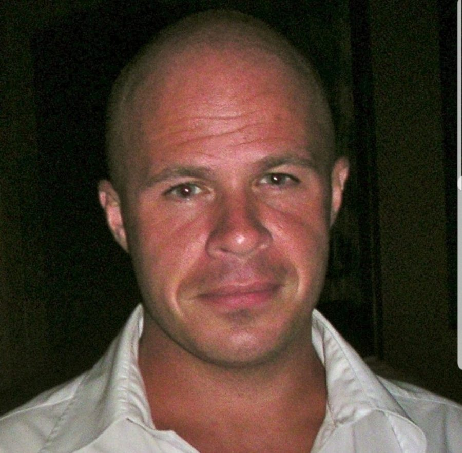 straight, male, dtc-global, caucasian - Busted Cheater (alleged) Alert: Male - Australia & Oceania - Melbourne - Chef