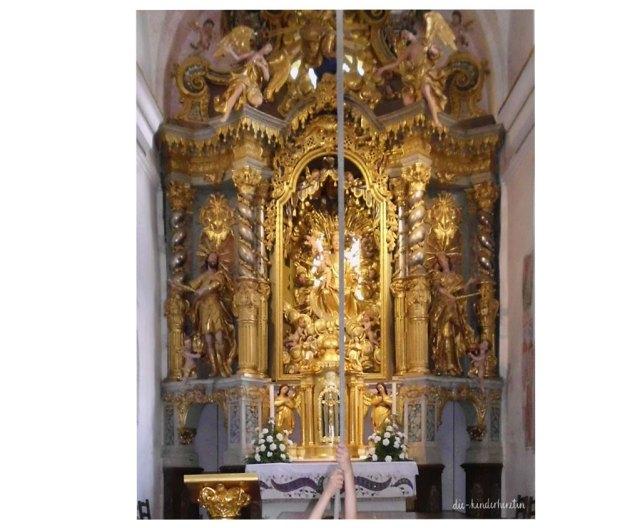 Bled in Slowenien Fernweh Reisen mit Kindern Slowenien Marienkirche Wunschgocke Altar