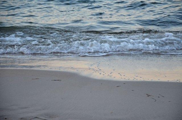 Ostsee Momente Wellen am Sandstrand