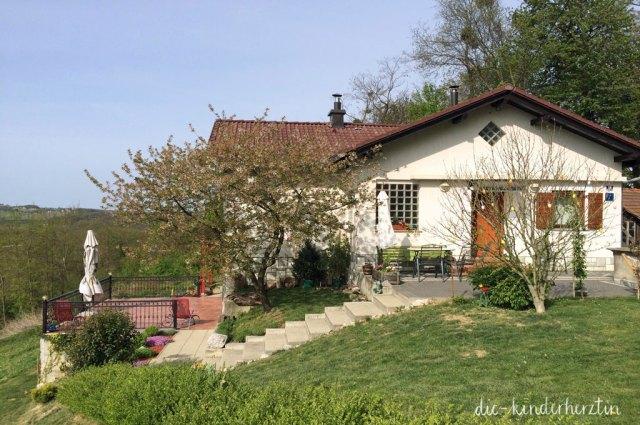 Das Haus auf Klaras Hügel Aussenansicht