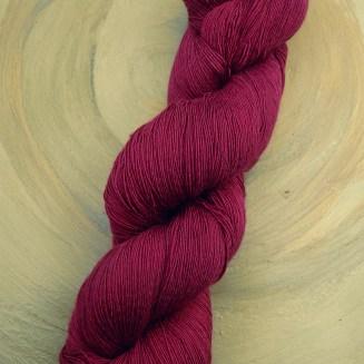 Atelier Zitron Traumseide Himbeere | Lacegarn, 100% Maulbeerhaspelseide | © Die Maschen zum Glück