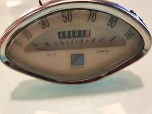 /tmp/con-5e6b5ca2e2e27/17864_Product.jpg