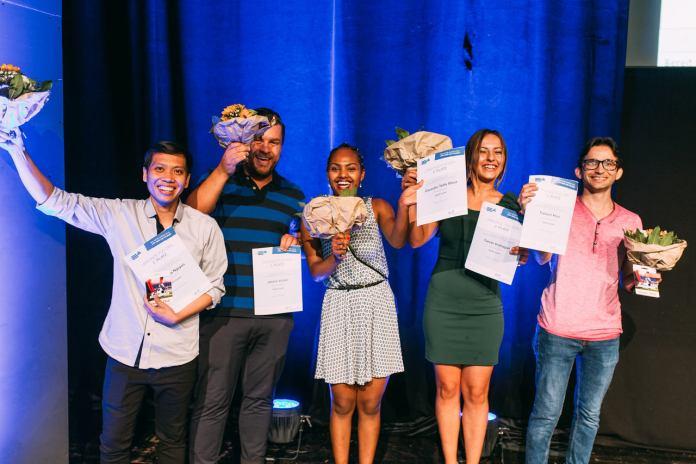 So sehen Sieger aus: Die WGfS-Azubis (v.l.) Phuong Ha Nguyen, Jasmin Vuckic, Zaweditu Tedla Mouz, Tamari Veshaguri und Faheem Khan bei der bpa- Preisverleihung. (Foto: WGfS)