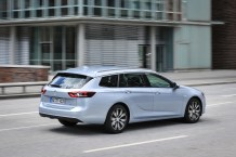 Showing the tail-lights to the competition: The new Opel Insignia (here the Sports Tourer station wagon) has defeated various rivals in comparison tests carried out by automotive media.
