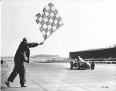 1925 gewann Alfa Romeo mit dem Tipo 2 die erste jemals ausgetragene Weltmeisterschaft.
