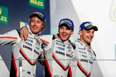 WEC-Langstreckenweltmeister 2017: Brendon Hartley, Timo Bernhard und Earl Bamber. Foto: Auto-Medienportal.Net/Porsche