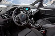 """Sportlich und geräumig präsentiert sich der Innenraum des BMW 2er Active und Gran Tourer nach der """"Schönheitskur"""". © BMW"""