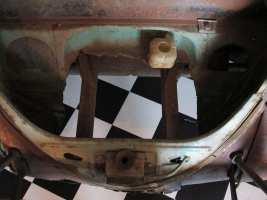 Für schnelle Querbewegungen mit dem fünften Rad ist im Vorderwagen ein Loch.