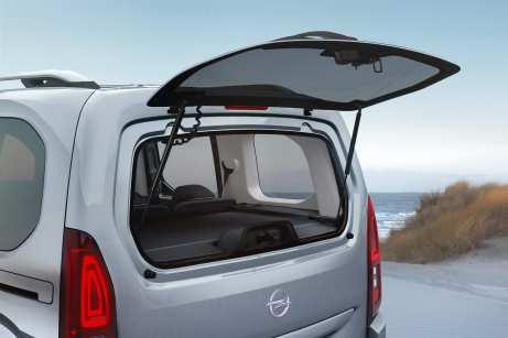 Das Heckfenster lässt sich separat öffnen und schließen. Foto Opel