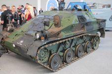Das Concept WEASEL EXP Hybrid präsentierte die Bundeswehr .