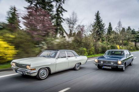 Opel Kapitän A V8 (1966, links) und Opel Diplomat B V8 lang (1976). Foto: Auto-Medienportal.Net/Opel