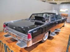 Für den USA-Besuch von Pabst Paul VI im Jahr 1965 ein Lincoln mit einem Einzel-Rücksitz gebaut.
