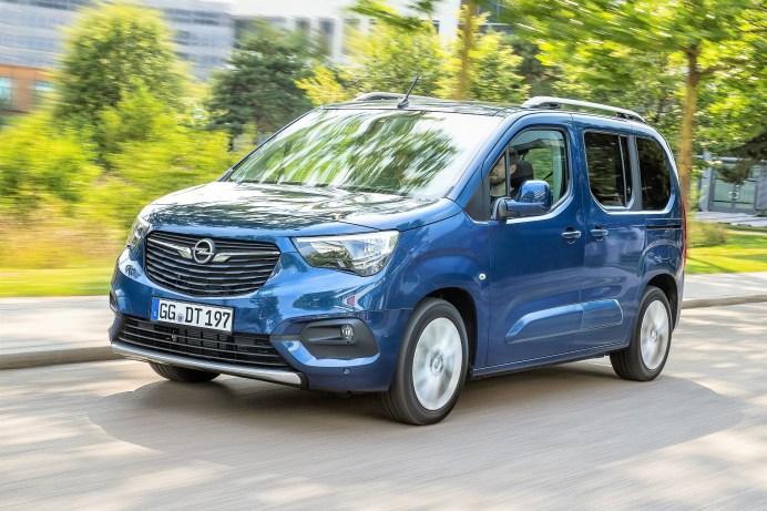 Opel hat den neuen Combo – ein Hochdach-Kombi - gemeinsam mit Peugeot und Citroen entwickelt. Bei den Franzosen läuft er unter der Bezeichnung Rifter und Berlingo. Foto: Opel