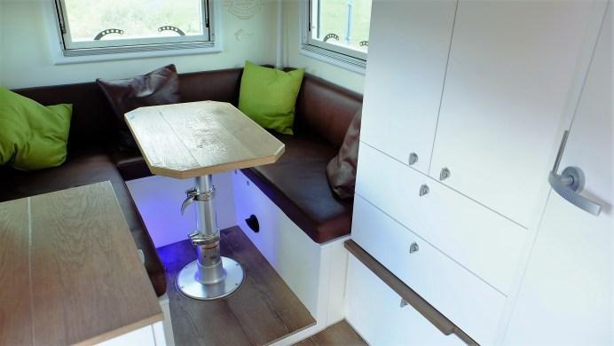 Die Kabine ist 305 Zentimeter lang und 186 Zentimeter breit. Foto: Auto-Medienportal.Net/Langer&Bock
