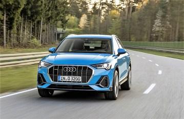 Gegenüber seinem fast acht Jahre alten Vorgänger macht der Q3 jetzt mit neuer Länge und flacherer Motorhaube einen deutlich erwachseneren Eindruck. Foto: Auto-Medienportal.Net/Audi