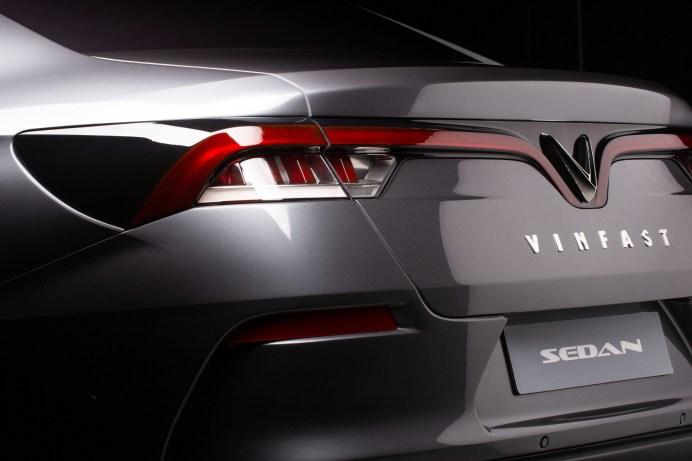 """Der erste vietnamesische Automobilhersteller VinFast zeigt seine Philosophie """"vietnamesisch - Stil - Sicherheit - Kreativität - wegweisend"""" durch eine Designsprache, die mit dem weltberühmten Pininfarina-Designteam entwickelt wurde. © VinFast"""