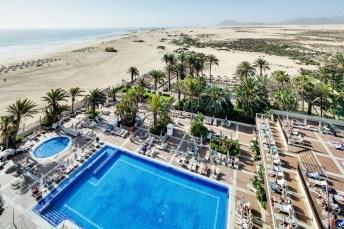 Die Kanaren, mit dem Riu Oliva Beach Resort, gehören zu den beliebtesten Zielen deutscher Urlauber. Foto: TUI
