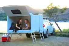 Nachts lässt sie sich dann mit Stützfüßen zu einer Schlafstätte von 224 mal 147 Zentimetern ausziehen. Foto: Auto-Medienportal.Net/Hitch Hotel