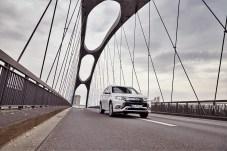 Für Fahrzeuge mit E-Kennzeichen sinkt der Steuersatz ab sofort von 1,0 Prozent auf 0,5 Prozent. © Mitsubishi