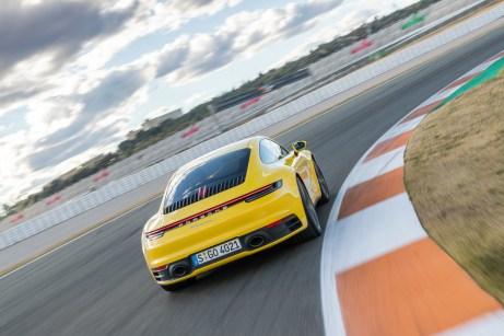 Die hinteren Kotflügel sind beim neuen 911 in der Breite deutlich gewachsen. © Porsche