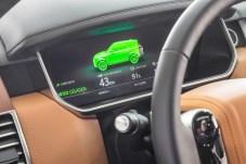 Rein elektrisch können Range Rover und Range Rover Sport Plug-in Hybrid bis zu 48 Kilometer weit fahren, theoretisch bis 137 km/h schnell. Foto: Auto-Medienportal.Net/Jaguar Land Rover