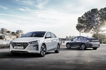 Der Hyundai Ioniq Hybrid und die Plug-in-Version werden zum Sommer hin überarbeitet. © Hyundai