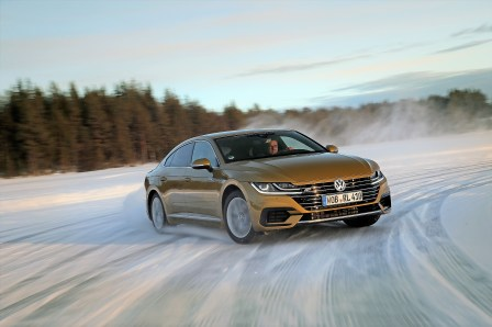 Driving Experience: VW Arteon on Ice. Foto: Auto-Medienportal.Net/Volkswagen
