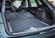 Da passt was rein: der Gepäckraum des Audi Q5. © Audi