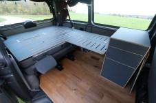 """Serienreif sind die Bettkonstruktion, genannt """"Lager"""" zum Preis von 1750 Euro für den VW T5 und T6 Kombi und Caravelle."""