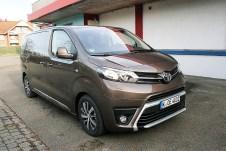 Künftig auch als Camping-Fahrzeug - der Toyota Proace Verso. Foto: Auto-Medienportal.Net