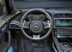 Cockpit im Jaguar F-Pace 300 Sport. Foto: Auto-Medienportal.Net/Jaguar