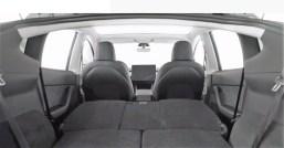 Das Interieur ist mit jenem des Model 3 weitgehend identisch, allerdings will Tesla hier eine dritte Sitzreihe anbieten. Foto: Auto-Medienportal.Net/Tesla